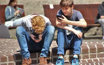 Felismerni és a helyén kezelni – Önkéntes képzés az érzelmi zsarolásról